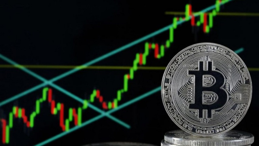 Will Unstoppable Bitcoin BTC/USD cross the $10,000 Limit? Experts Analysis